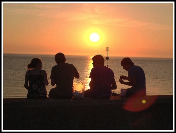 Sunset 4 people