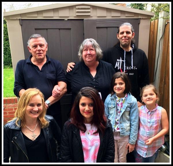 Me, Eileen (step mum), my Dad, Sarah, Saira, Saffy & Taylor 1.jpg