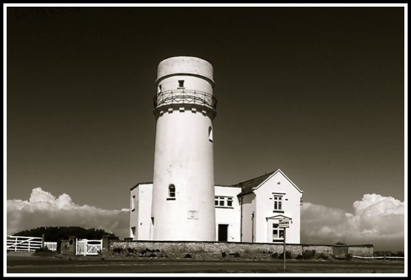 The old lighthouse2