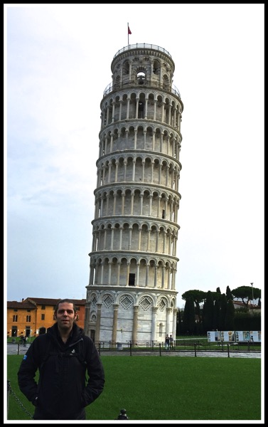 Me stood in front of the leaning tower of Pisa