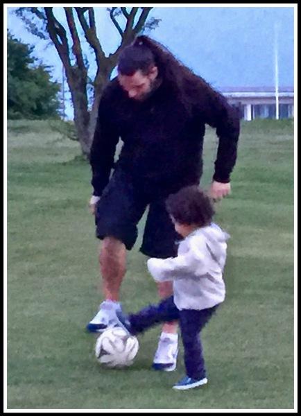 Me  Raffy Football tackle