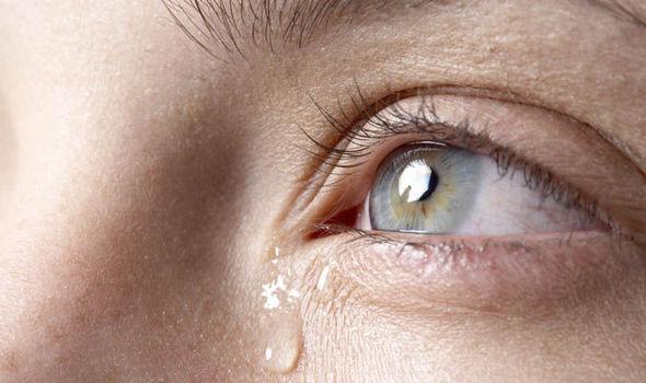crying-855664