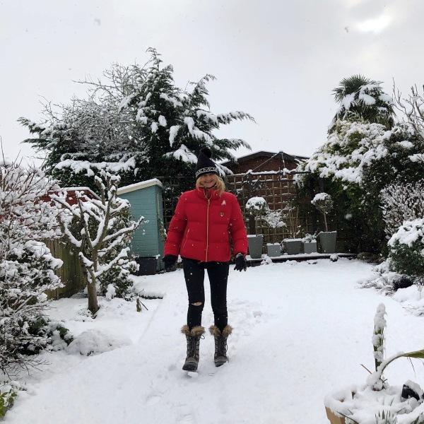 3 Sarah back garden snow